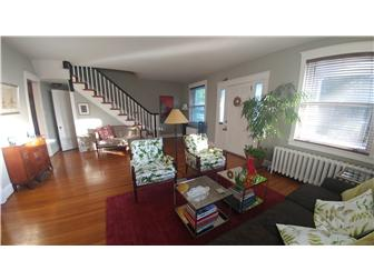 Large Living Room with hardwood floors (photo 3)