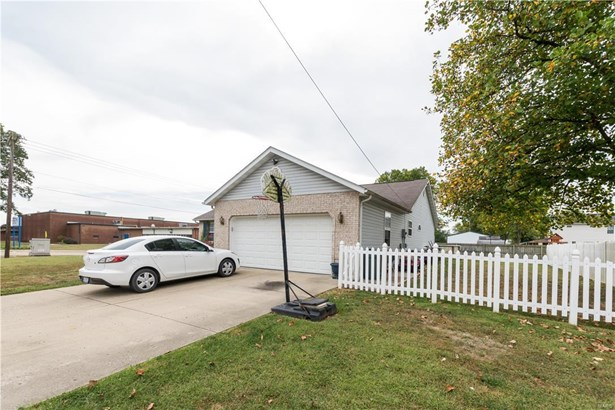 212 South Belleville Street, Freeburg, IL - USA (photo 4)