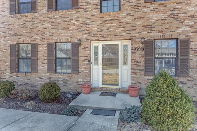 2423 Greenfield Court, Belleville, IL - USA (photo 2)