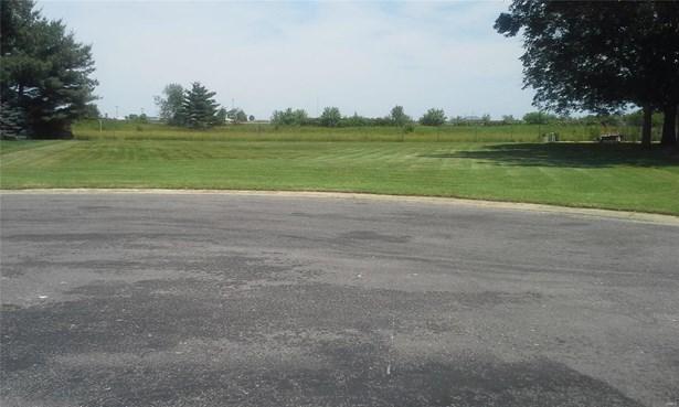 105 North 13th Street, Breese, IL - USA (photo 2)