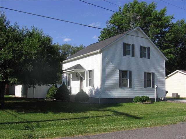 589 North Chestnut Street, Breese, IL - USA (photo 1)