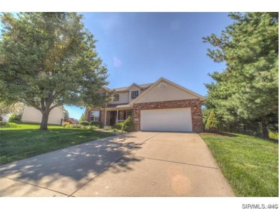 1329 Illini Drive, O Fallon, IL - USA (photo 2)