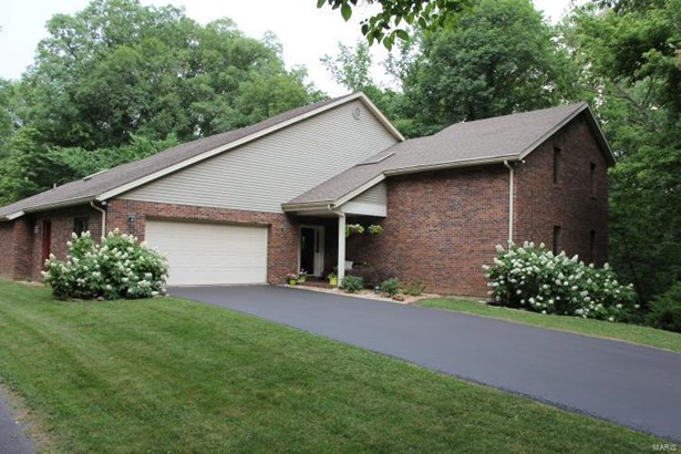 28 High Forest Drive, Belleville, IL - USA (photo 1)