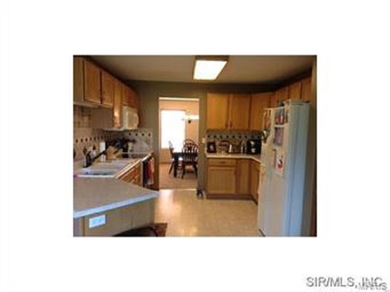 5201 Syracuse Court, Fairview Heights, IL - USA (photo 4)