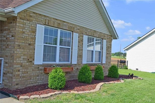 1447 Thunderbird Lane, Belleville, IL - USA (photo 3)
