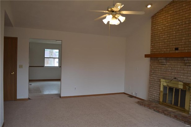 931 Cool Valley Drive 931 & 929, Belleville, IL - USA (photo 2)