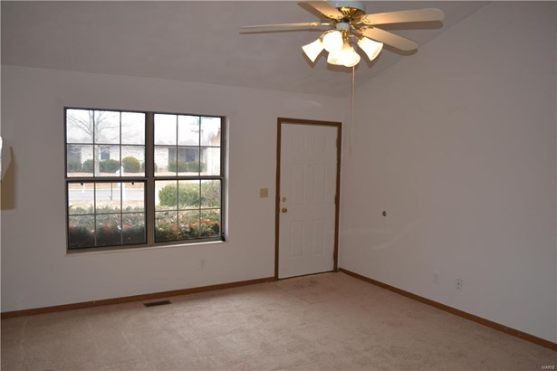 931 Cool Valley Drive 931 & 929, Belleville, IL - USA (photo 4)