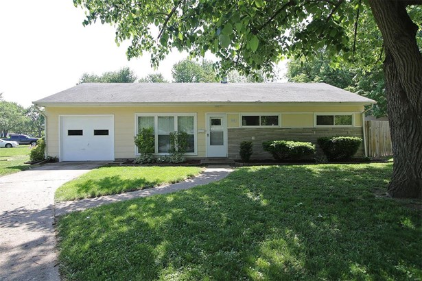 652 Devonshire Drive, Belleville, IL - USA (photo 1)