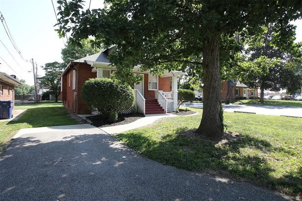 4901 West Washington Street, Belleville, IL - USA (photo 2)