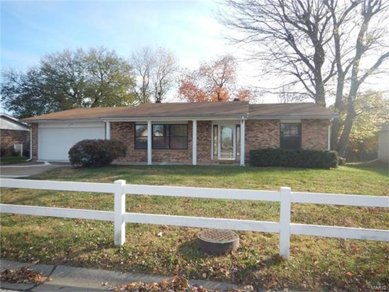 216 Toulon, Fairview Heights, IL - USA (photo 1)