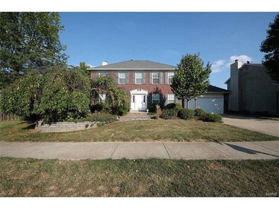 100 Newcastle Drive, Fairview Heights, IL - USA (photo 2)