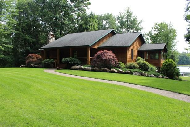 Single Family Residence, Log Home - Wayland, MI (photo 1)
