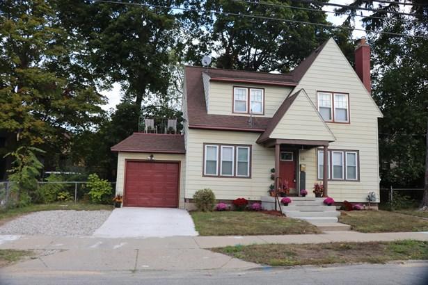 Tudor, Single Family Residence - Grand Rapids, MI