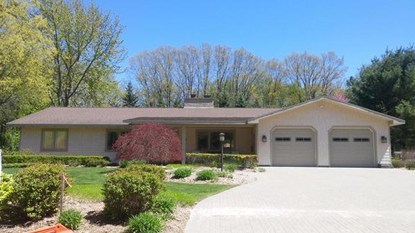 726 North Shore Dr, South Haven, MI - USA (photo 1)