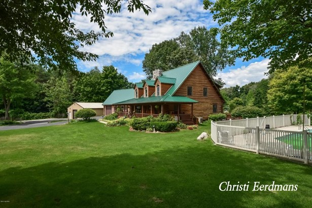 Single Family Residence, Log Home - Rockford, MI (photo 5)