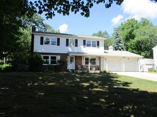 Single Family Residence, Traditional - Ludington, MI