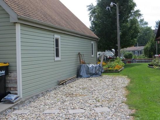 Single Family Residence, Traditional - Shelbyville, MI (photo 5)