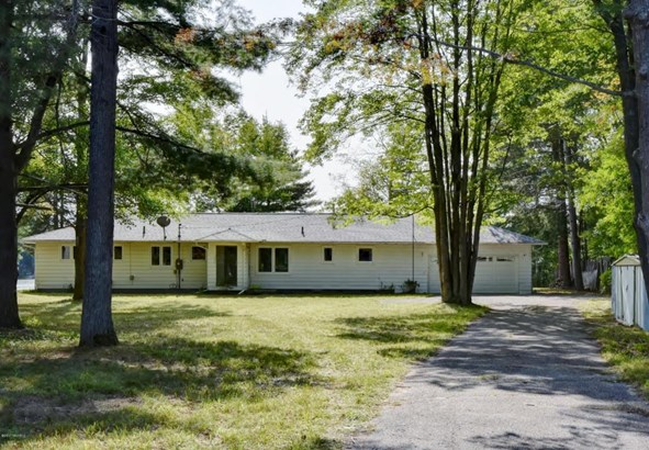 Single Family Residence, Ranch - Gladwin, MI (photo 1)