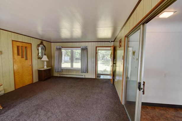 Single Family Residence, Ranch - Gladwin, MI (photo 4)