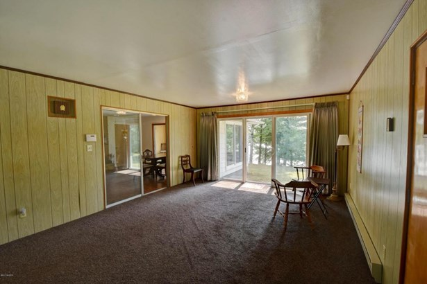 Single Family Residence, Ranch - Gladwin, MI (photo 5)
