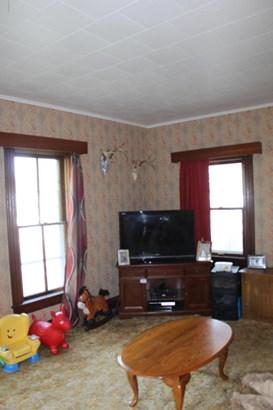 Single Family Residence, Victorian - Ionia, MI (photo 4)