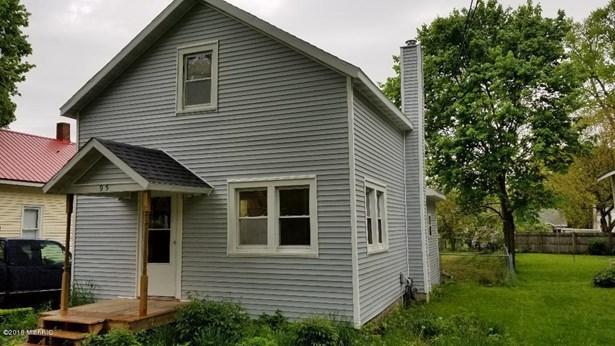 Single Family Residence, Bungalow - Newaygo, MI (photo 1)