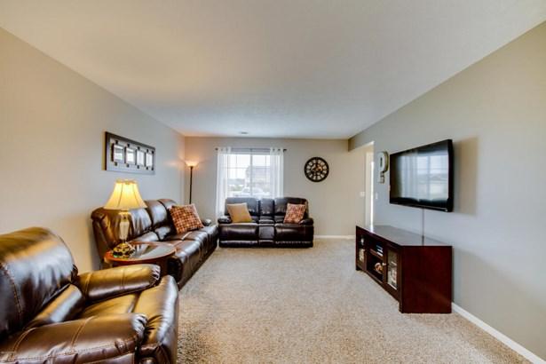Single Family Residence, Traditional - Shelbyville, MI (photo 4)