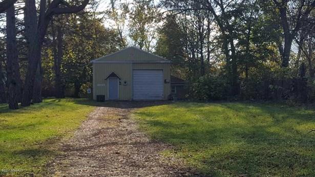 Single Family Residence, Ranch - Allegan, MI (photo 2)