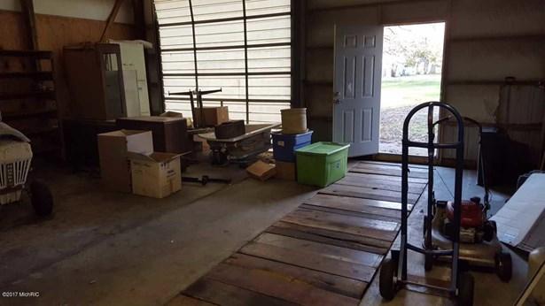 Single Family Residence, Ranch - Allegan, MI (photo 5)
