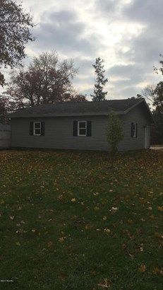 Single Family Residence, Traditional - Ionia, MI (photo 5)