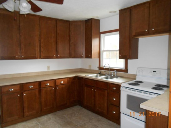Single Family Residence, Ranch - Holton, MI (photo 2)
