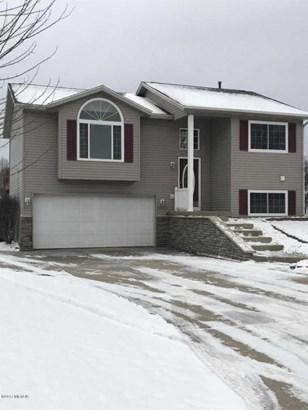 Single Family Residence, Bi-Level - Wayland, MI (photo 2)