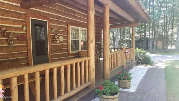 Single Family Residence, Log Home - Twin Lake, MI (photo 2)