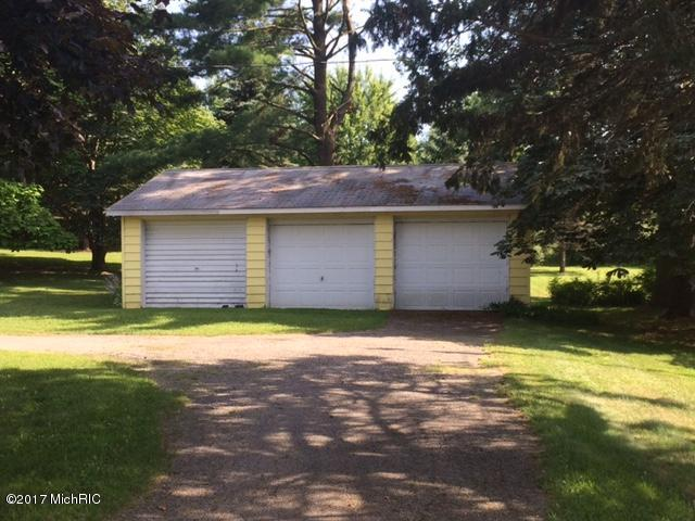 Single Family Residence, Ranch - Scottville, MI (photo 2)