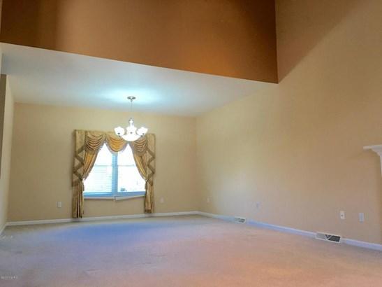 Single Family Residence, Contemporary - Ada, MI (photo 4)