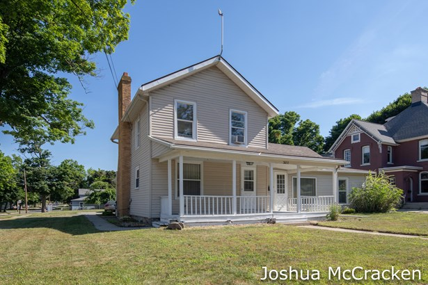 Single Family Residence, Traditional - Greenville, MI