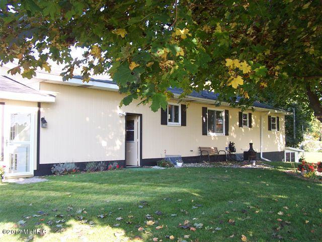 Single Family Residence, Ranch - Montague, MI (photo 5)