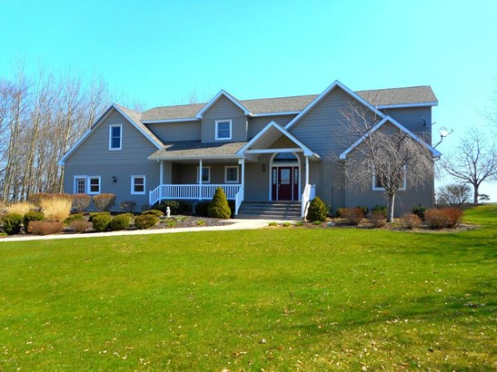Single Family Residence, Contemporary - Ludington, MI (photo 1)