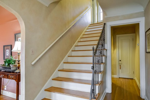 Tudor, Single Family Residence - East Grand Rapids, MI (photo 5)