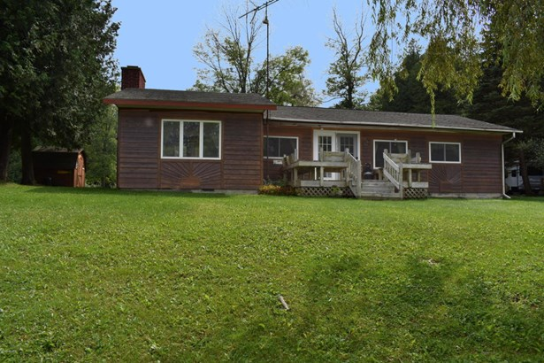 Single Family Residence, Ranch - Walkerville, MI (photo 2)