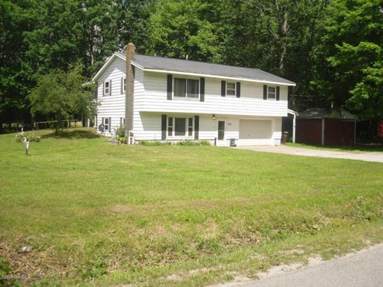 Single Family Residence, Other - Twin Lake, MI (photo 2)