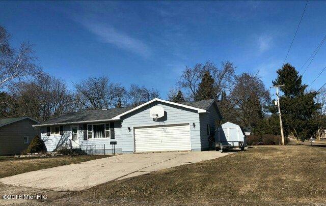 Single Family Residence, Ranch - St. Louis, MI (photo 1)