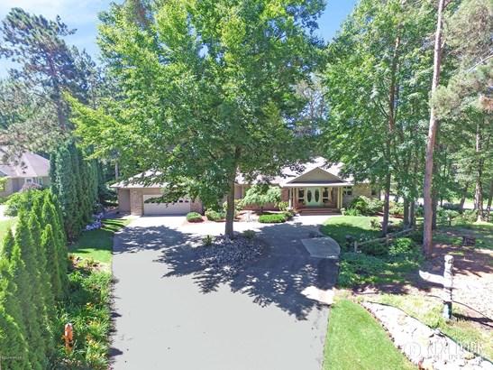 Single Family Residence, Ranch - Norton Shores, MI
