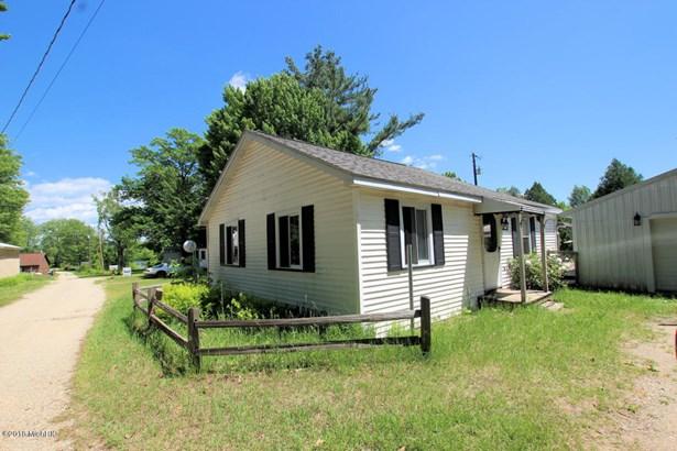 Cabin/Cottage, Single Family Residence - Hesperia, MI (photo 1)