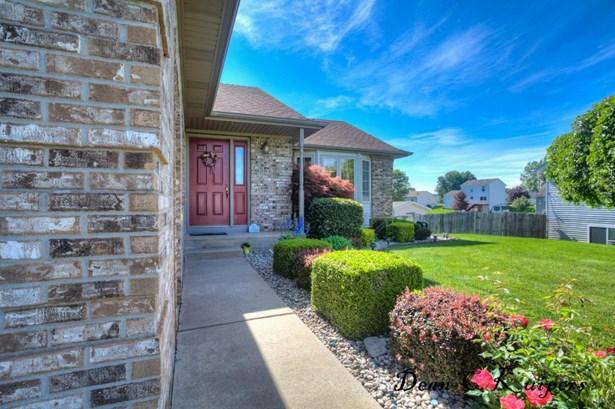 Tri-Level, Single Family Residence - Allendale, MI (photo 4)