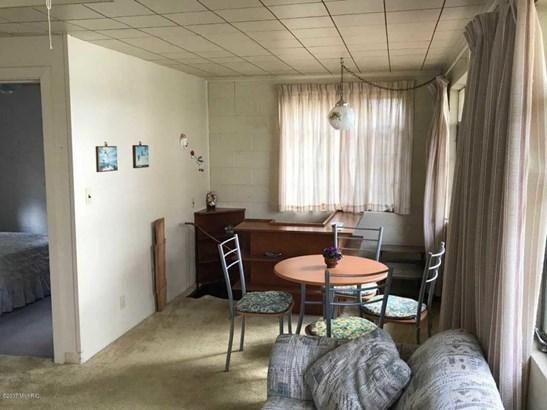Cabin/Cottage, Single Family Residence - Twin Lake, MI (photo 3)