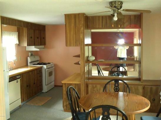 Single Family Residence, Mobile - Fremont, MI (photo 5)