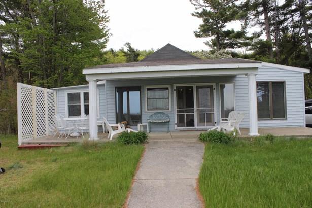 Single Family Residence, Bungalow - Mears, MI (photo 3)