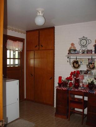 Single Family Residence, Ranch - Caledonia, MI (photo 4)