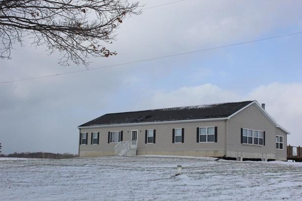 Single Family Residence, Ranch - Lowell, MI (photo 2)